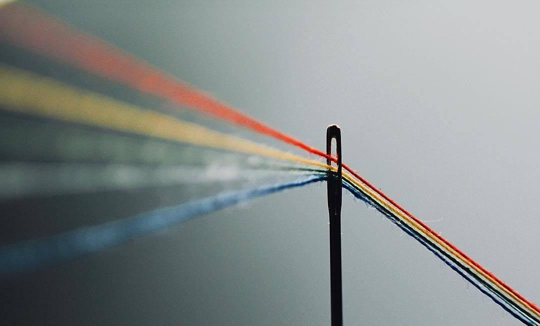 фото современное искусство игла